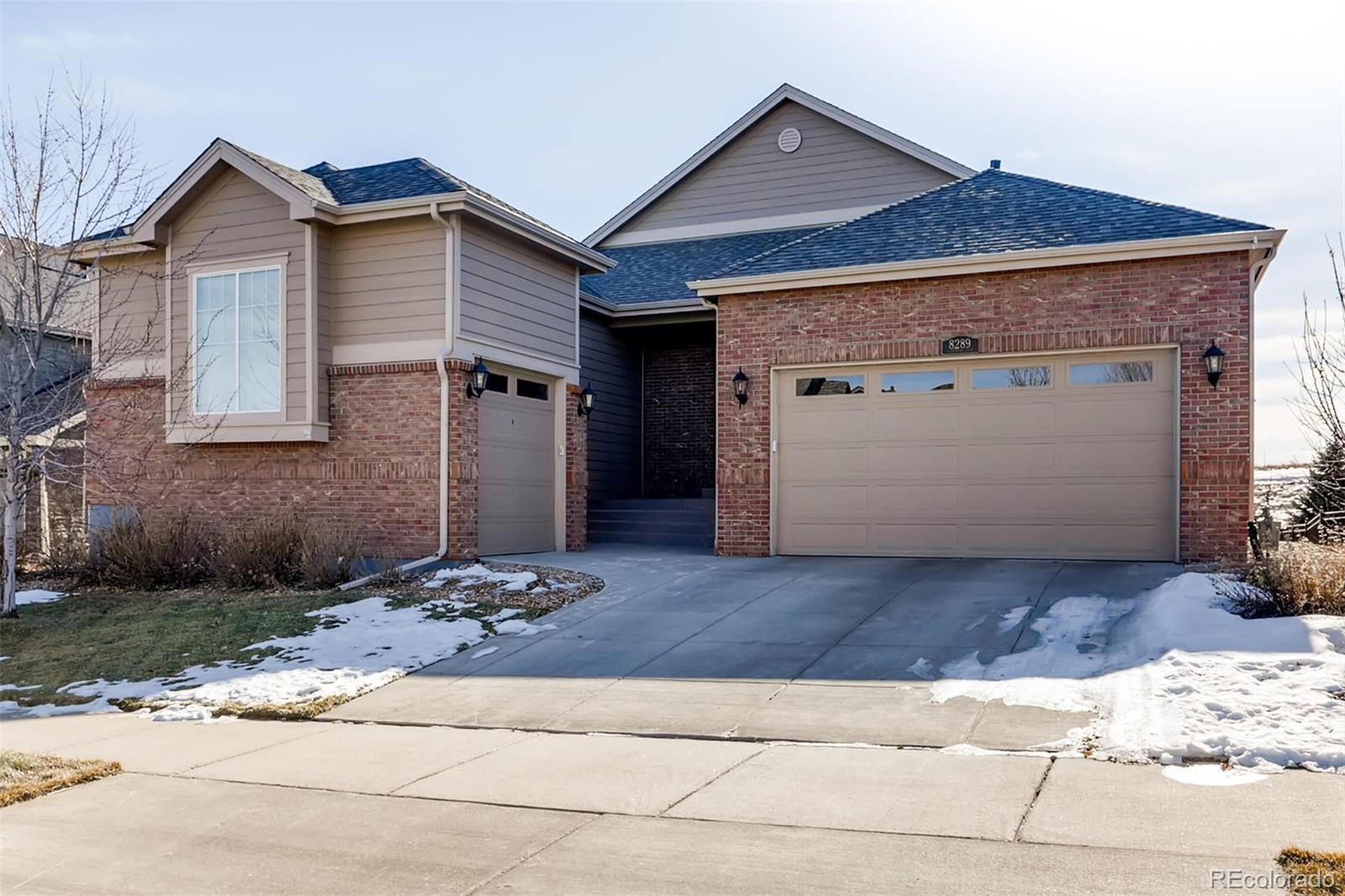 8289 S Country Club Parkway, Aurora CO 80016