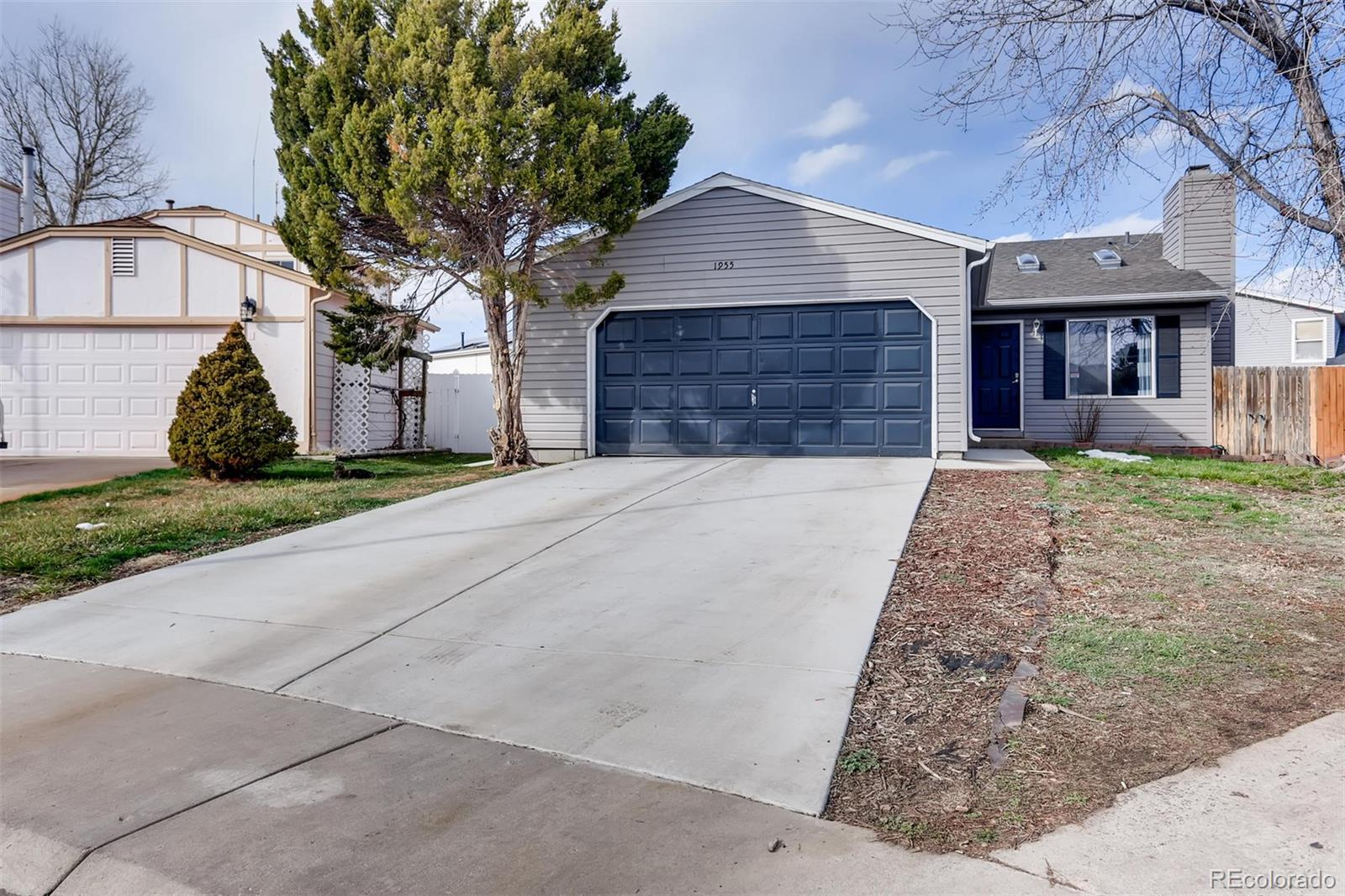 1955 Ensenada Street, Aurora CO 80011