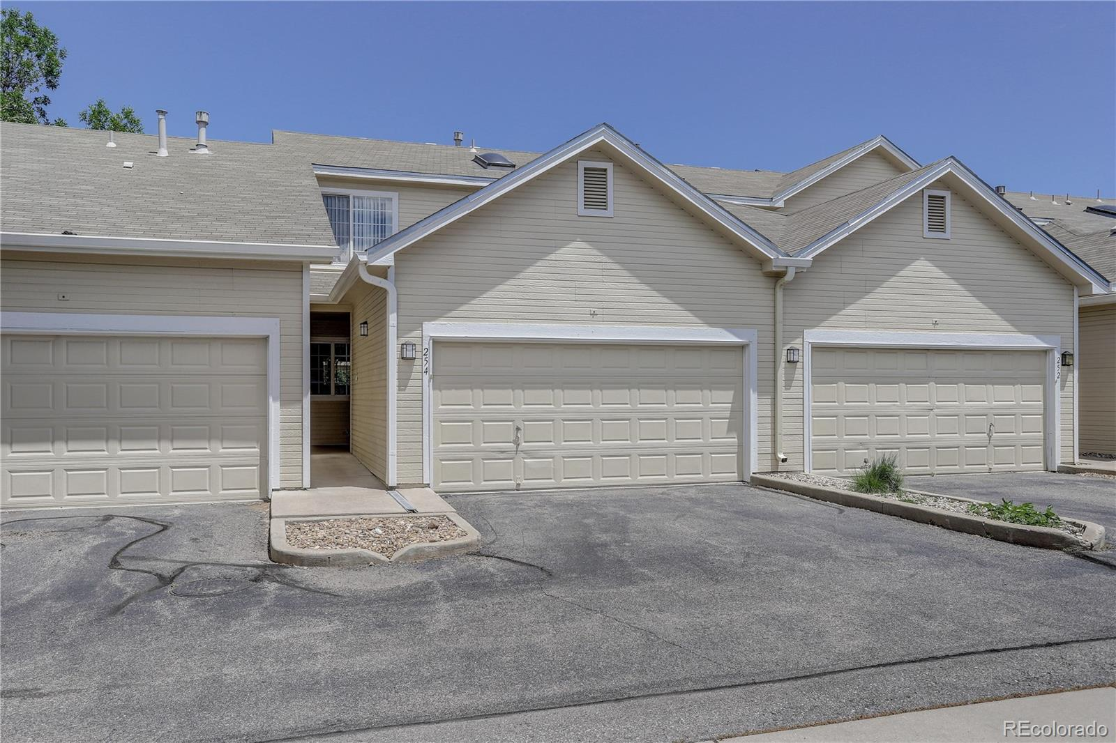 254 Quari Street, Aurora CO 80011