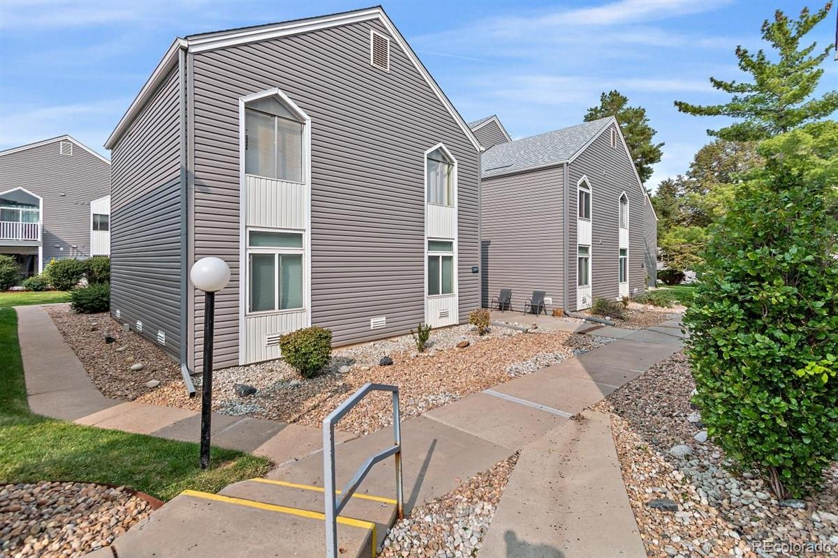 3347 S Monaco Parkway Unit A, Denver CO 80222