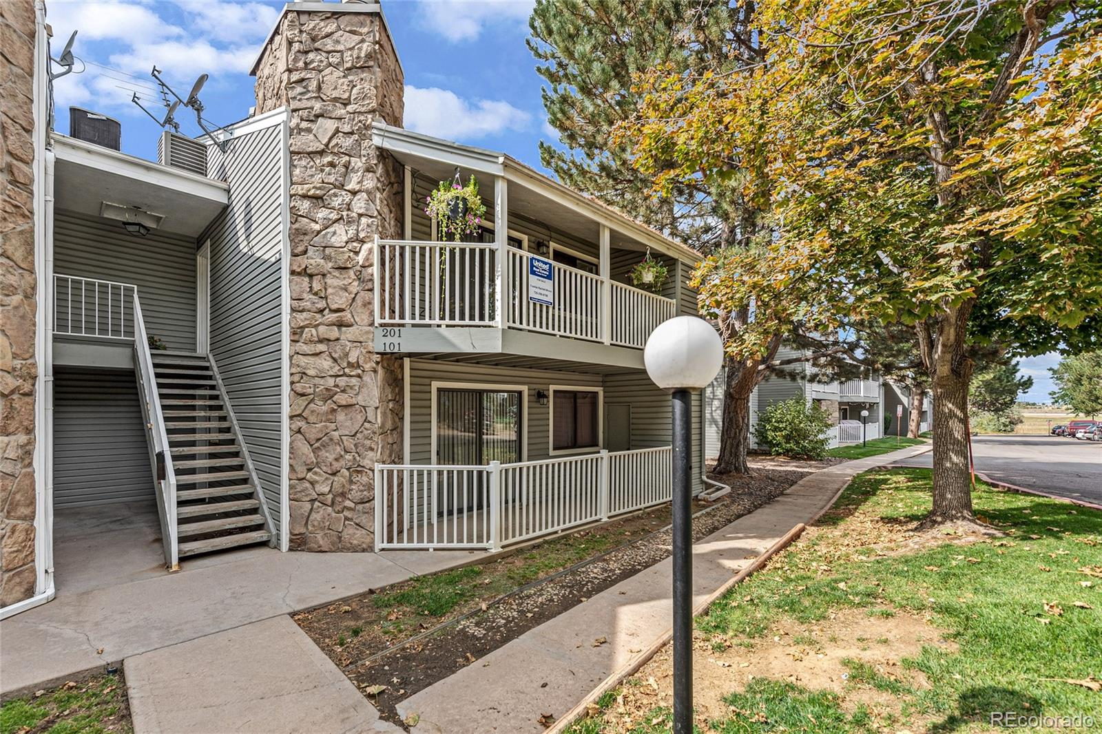 908 S Walden Way Unit 201, Aurora CO 80017