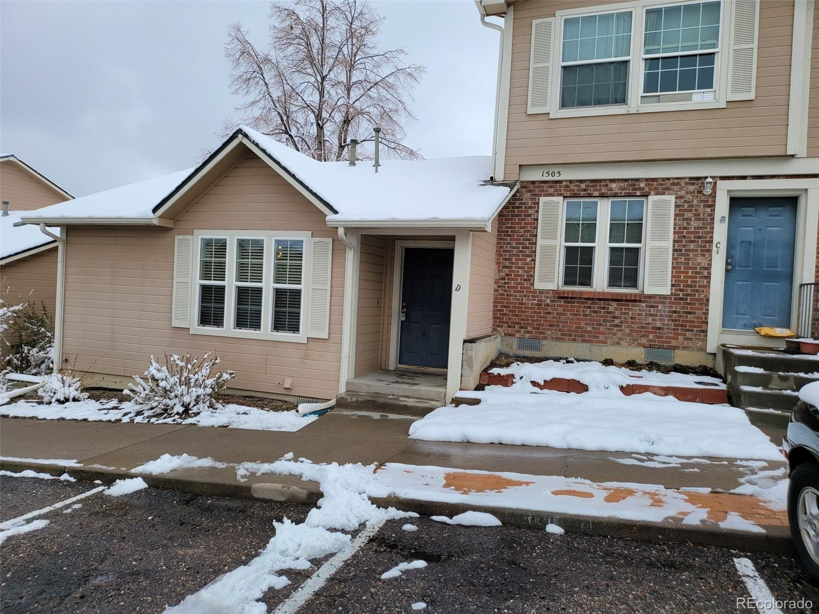 1505 S Ouray Circle Unit D, Aurora CO 80017