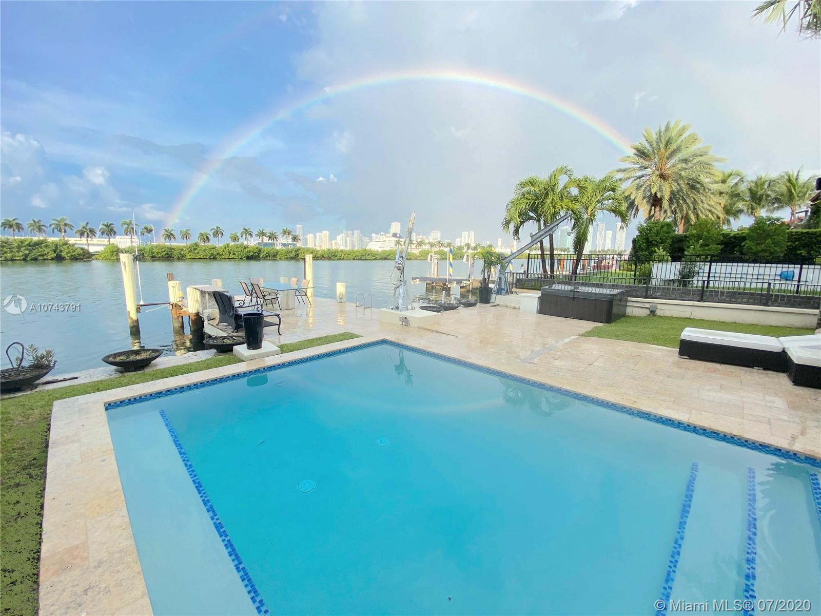 224 S Coconut Ln, Miami Beach FL 33139