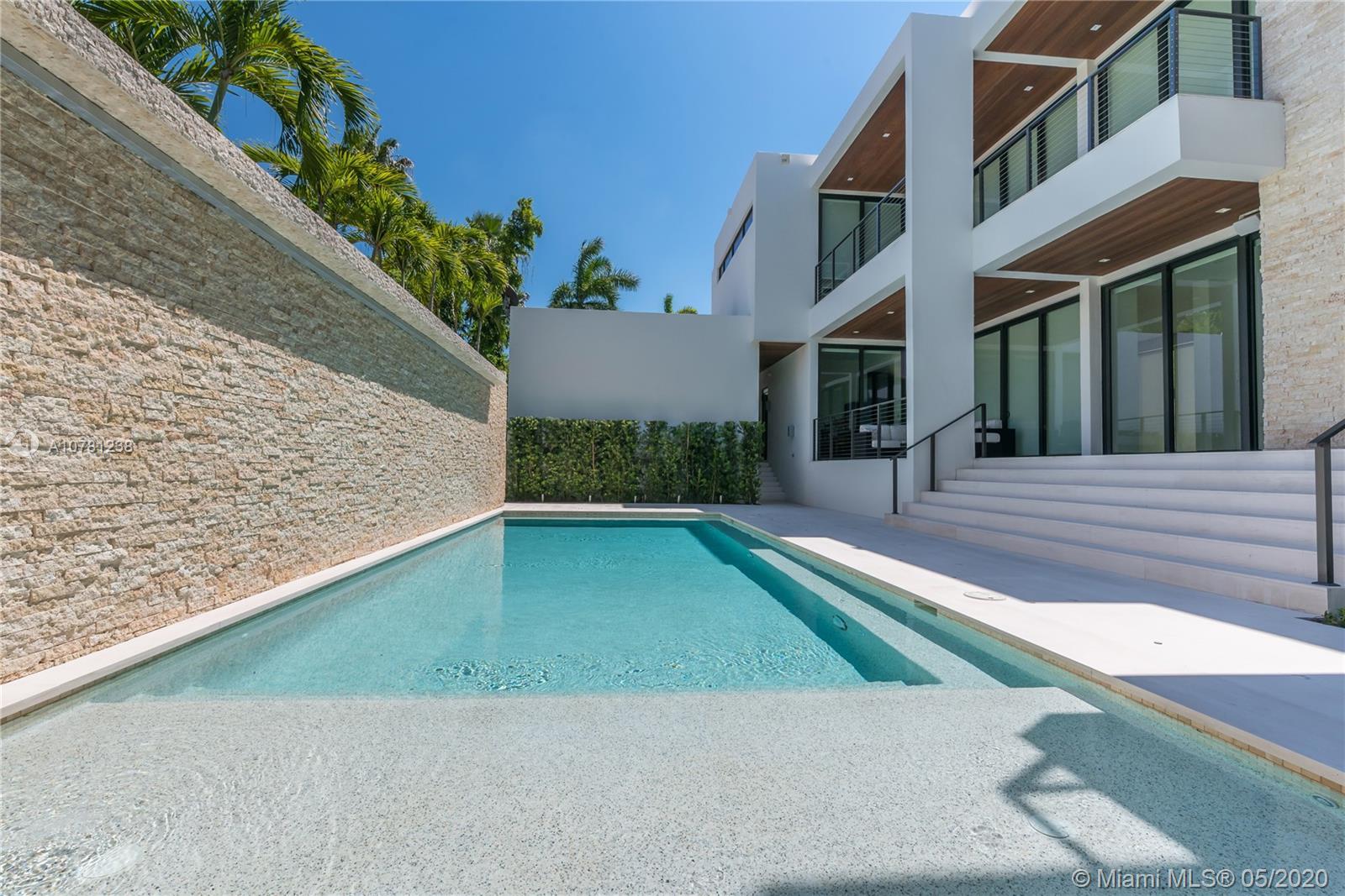401 W Rivo Alto Dr, Miami Beach FL 33139