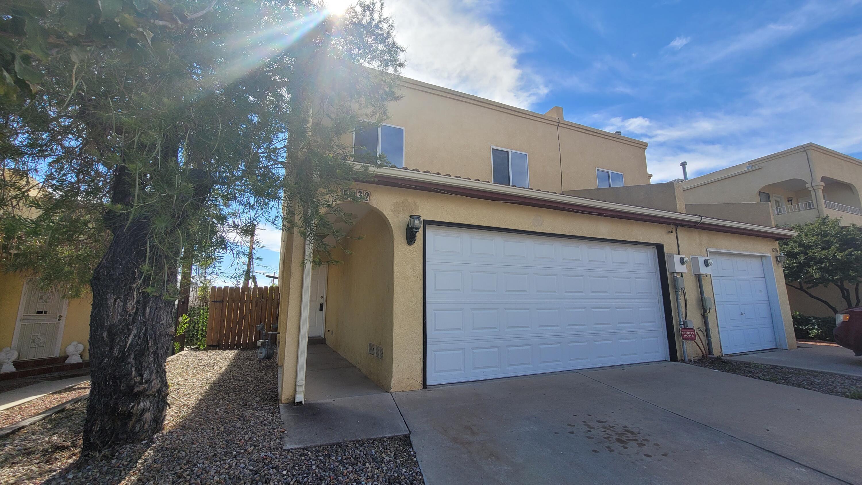 5232 ESPERANZA Court, Albuquerque NM 87105
