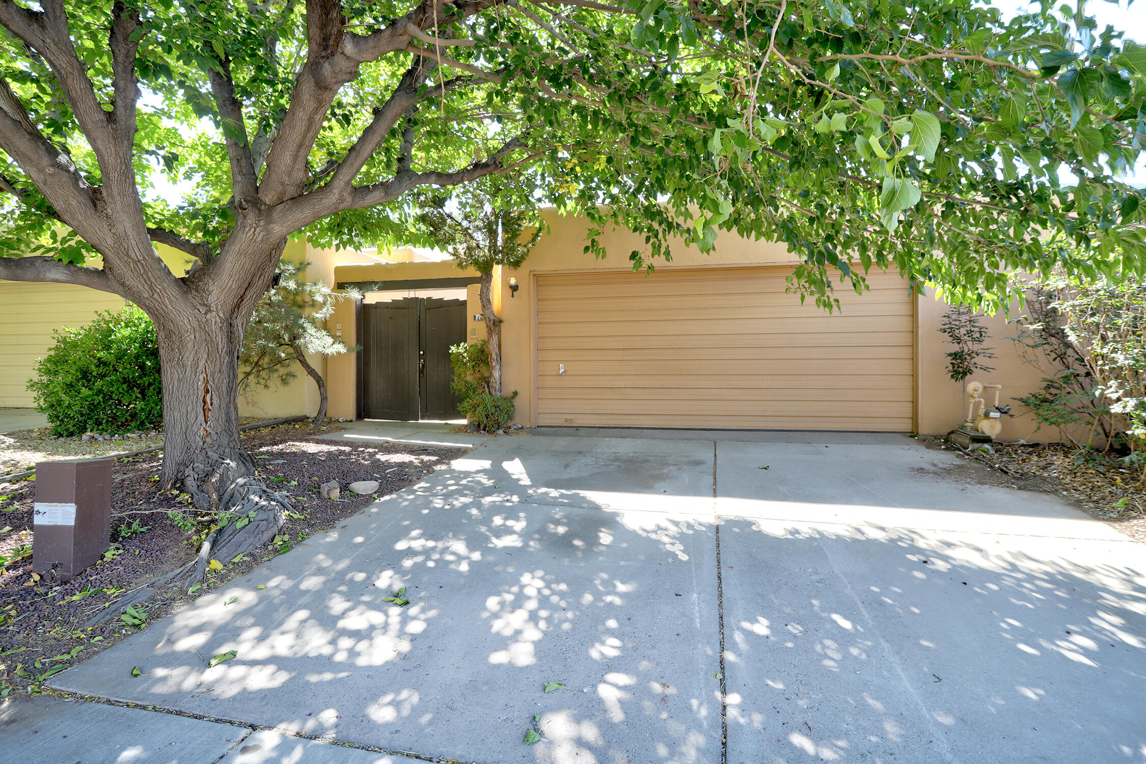 9906 OSUNA Road, Albuquerque NM 87111
