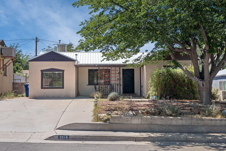 2916 N SANTA CRUZ Avenue, Albuquerque NM 87106