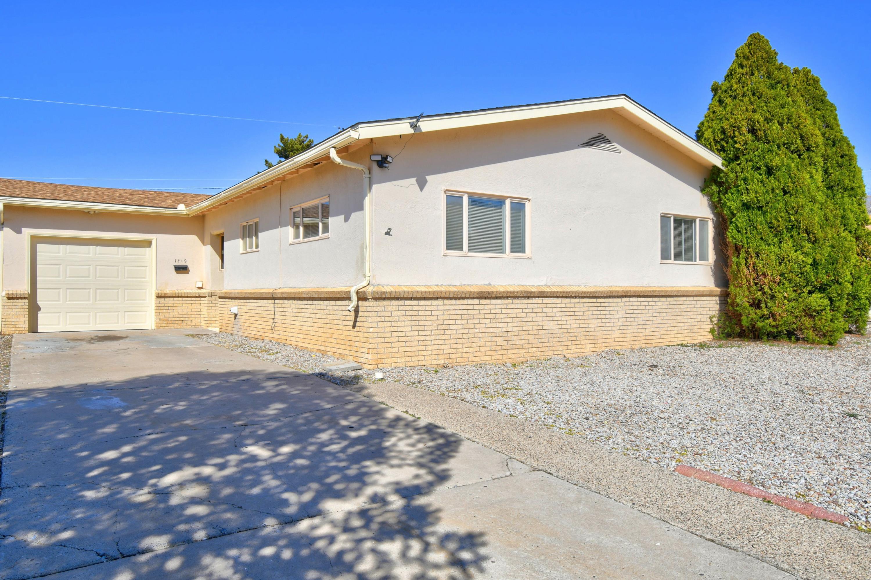 1419 TOMASITA Street, Albuquerque NM 87112