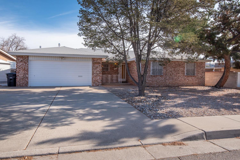 3134 CANDLELIGHT Drive, Albuquerque NM 87111