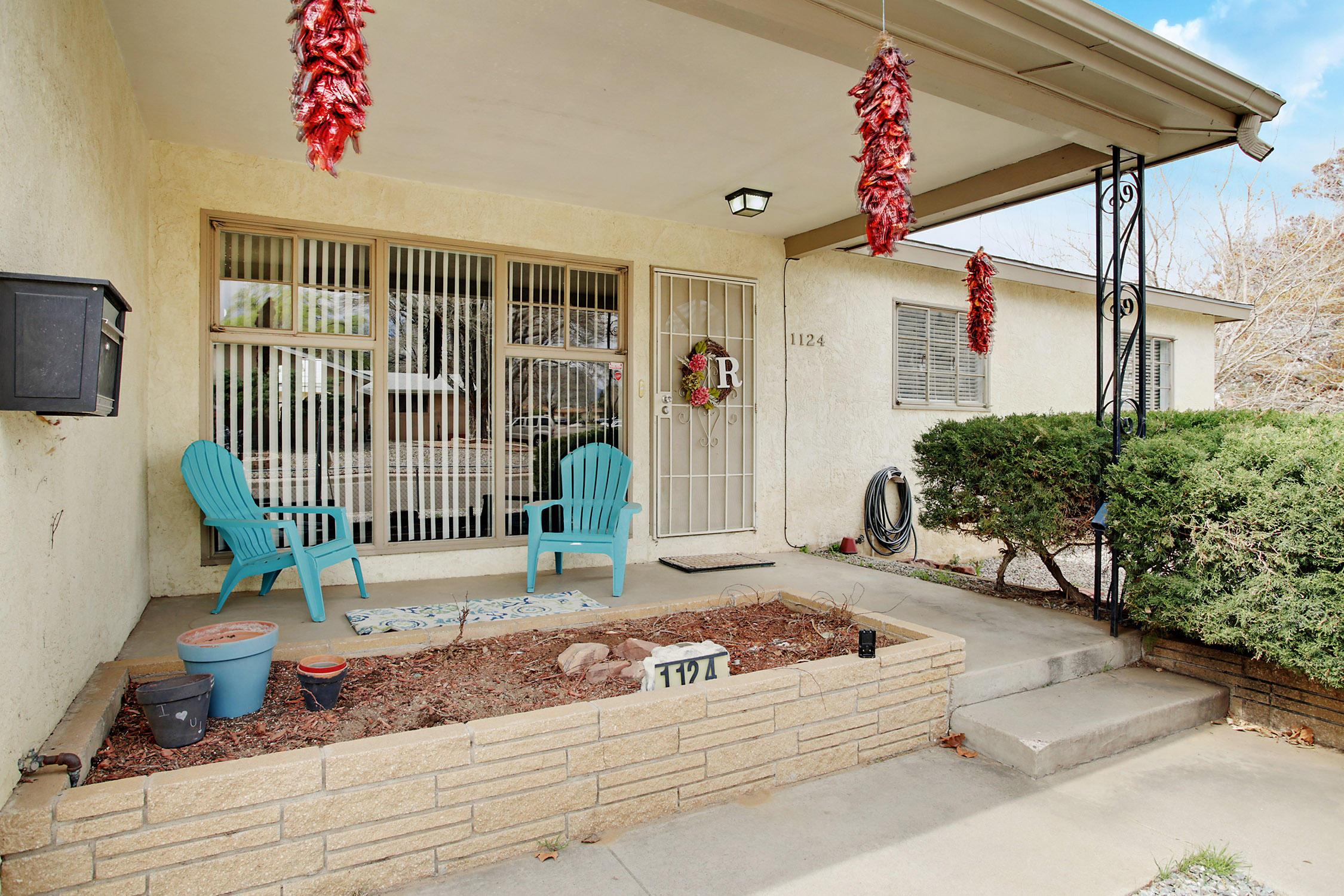 1124 Parsifal Street, Albuquerque NM 87112