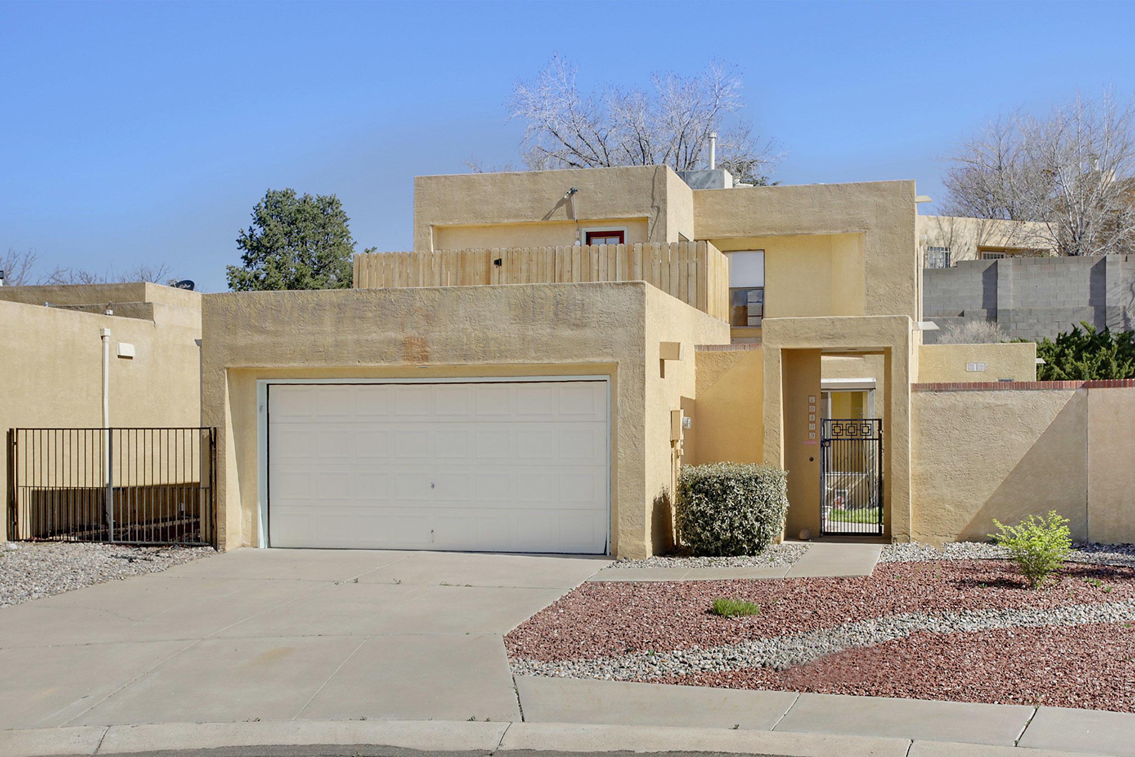 10409 OSO Court, Albuquerque NM 87111
