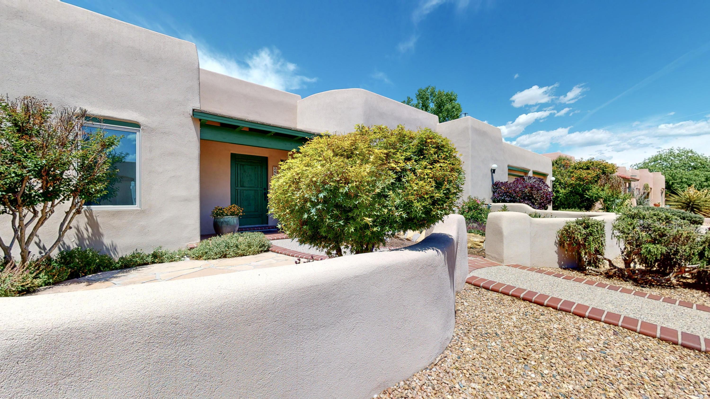 2609 RINCON DEL RIO Court, Albuquerque NM 87107