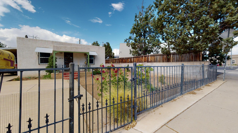 2411 ROSE Avenue, Albuquerque NM 87104