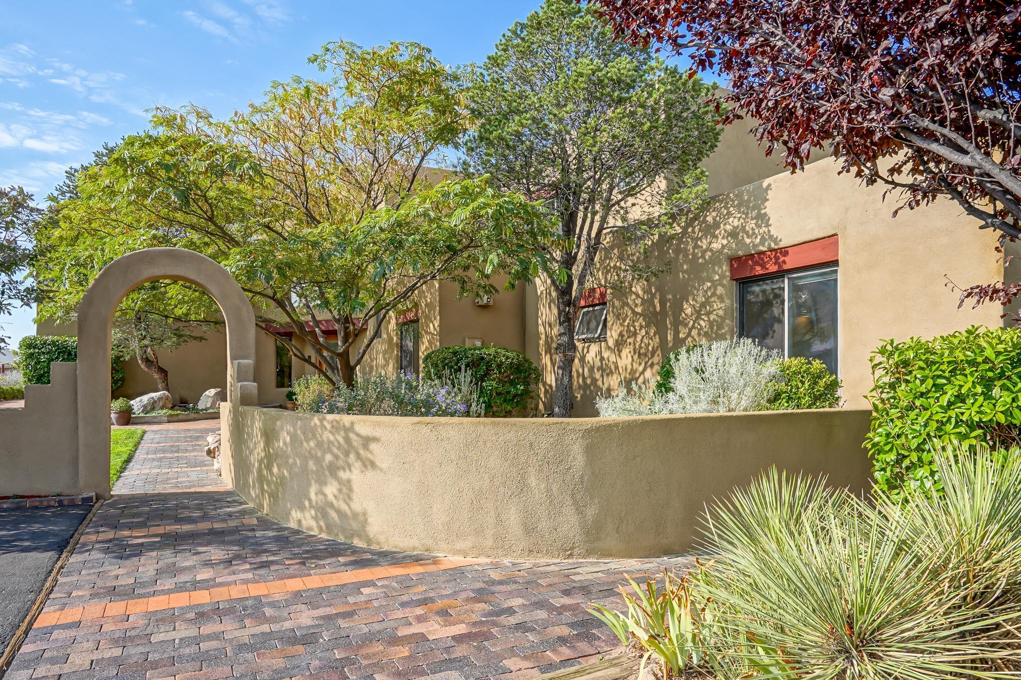 11600 SAN RAFAEL Avenue, Albuquerque NM 87122