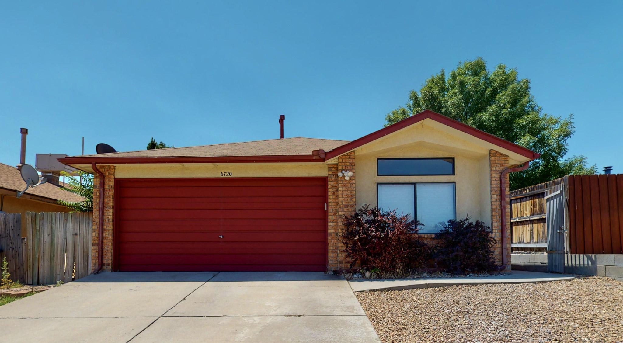 6720 AZUELO Avenue, Albuquerque NM 87120