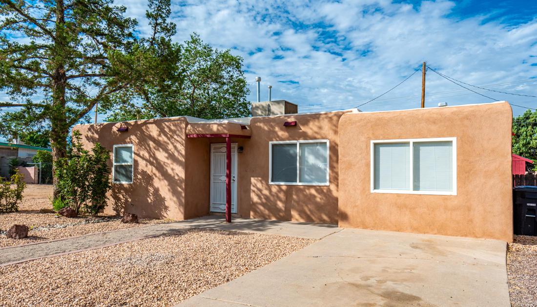 11420 LOVE Avenue, Albuquerque NM 87112