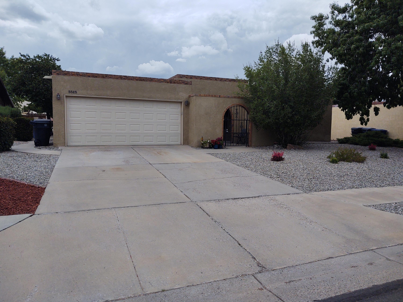 5525 CARRUTHERS Street, Albuquerque NM 87111