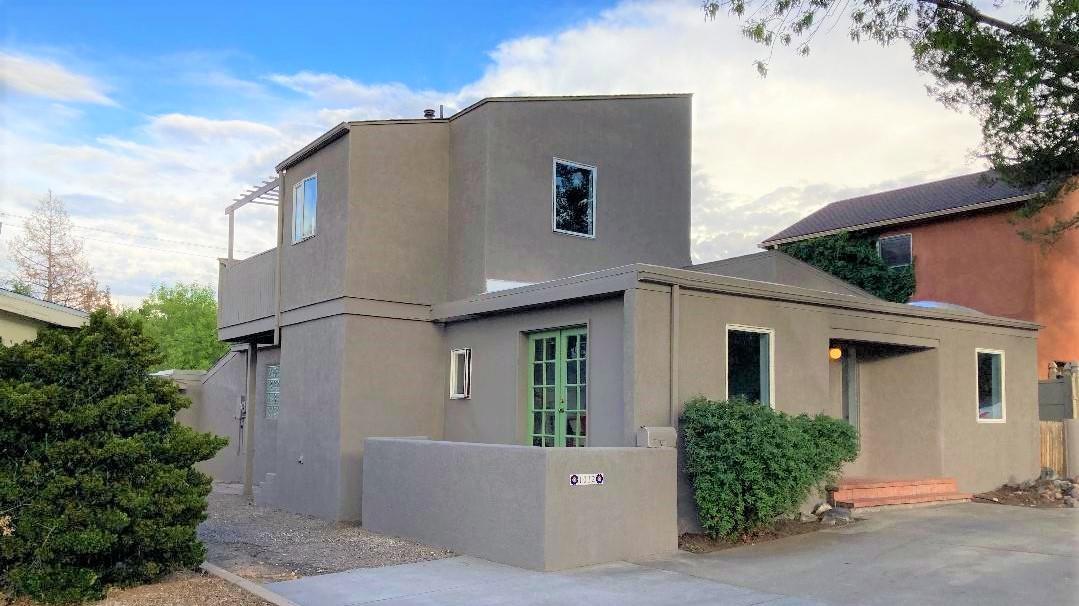 1012 ADAMS Street, Albuquerque NM 87108