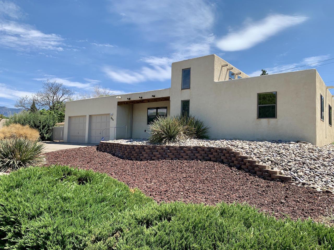 844 Pawnee Street, Albuquerque NM 87123