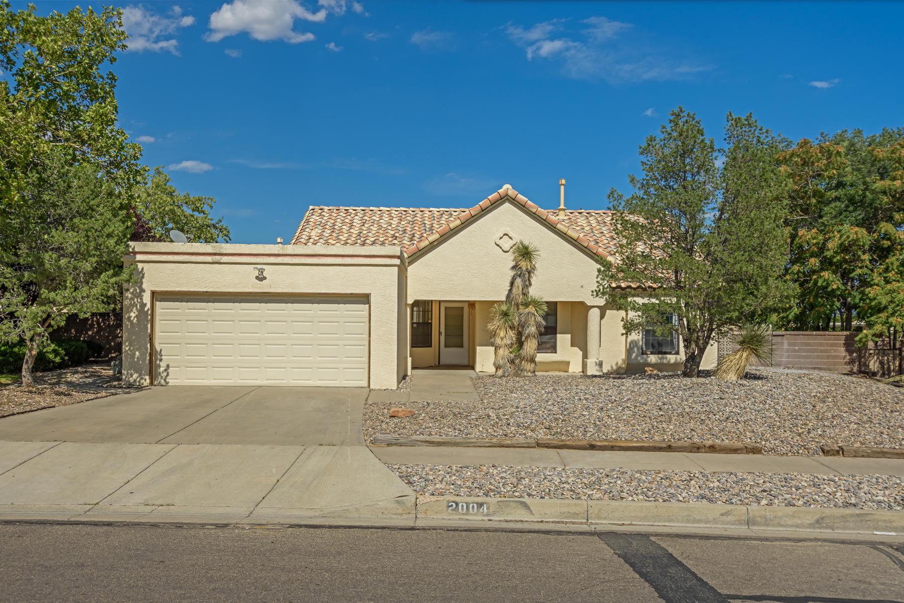 2004 LAKEWOOD Avenue, Albuquerque NM 87120
