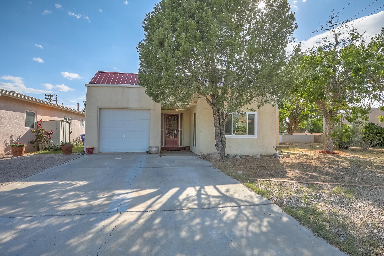 3113 GENERAL CHENNAULT Street, Albuquerque NM 87111