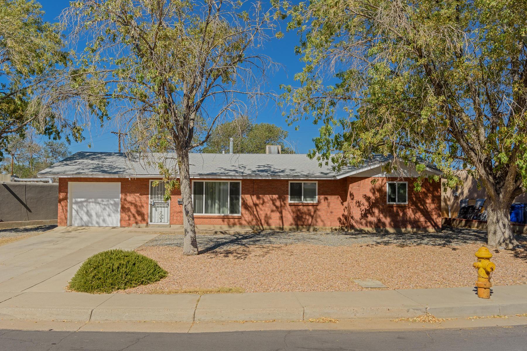 2305 STEVENS Drive, Albuquerque NM 87112
