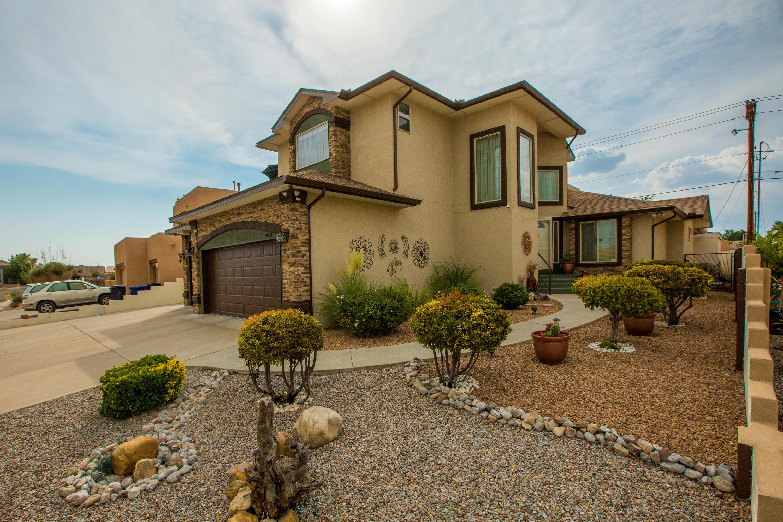9841 BOULDER Street, Albuquerque NM 87114