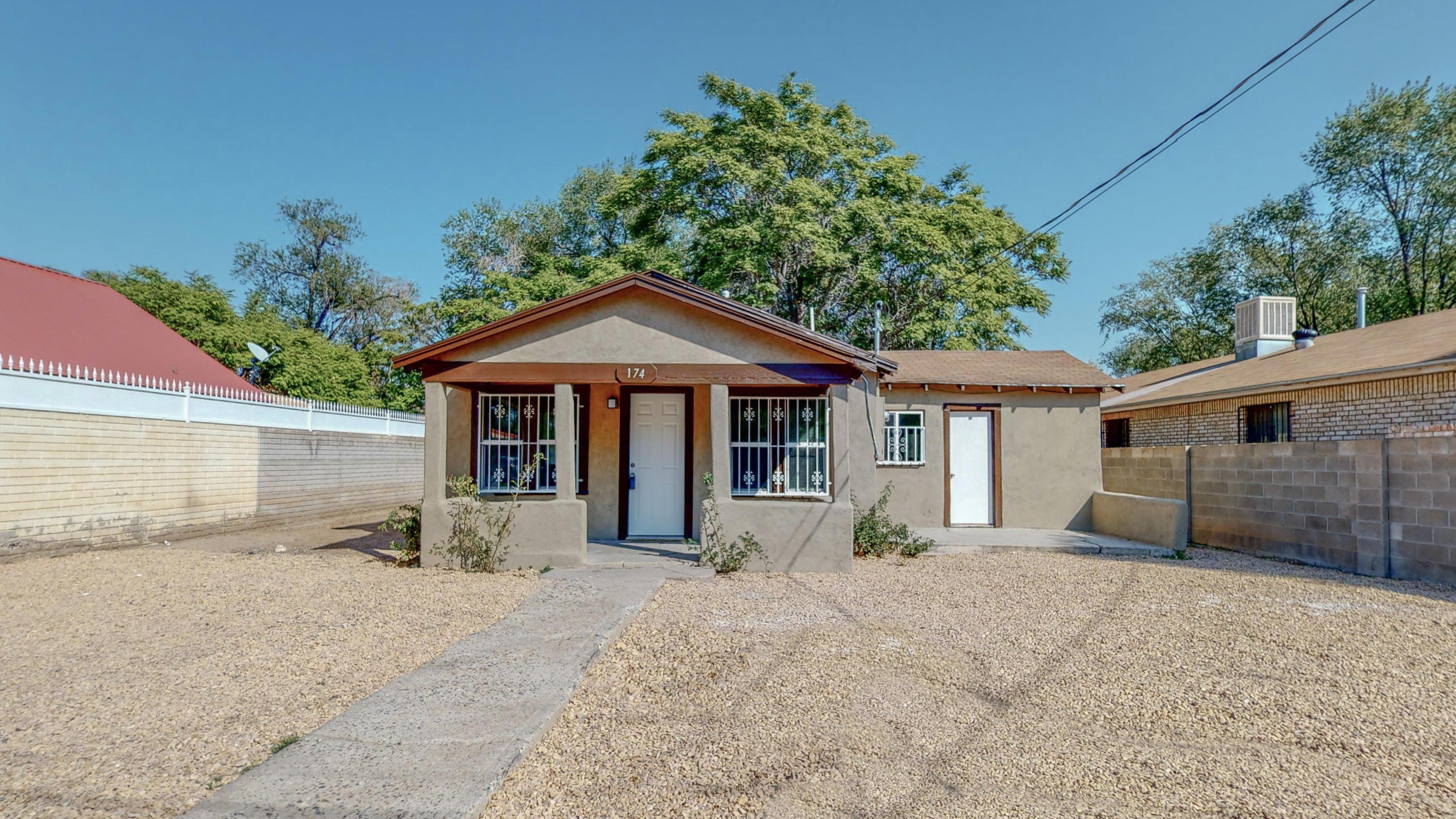174 La Vega Road, Albuquerque NM 87105