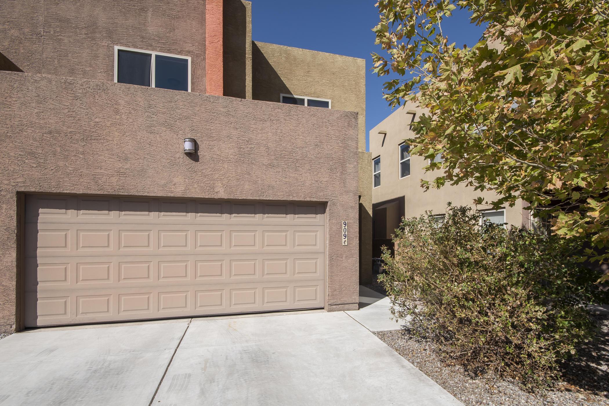 909 Tieran Court, Albuquerque NM 87112