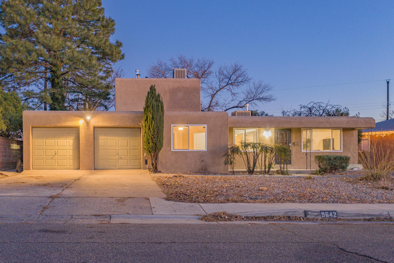 9642 ELVIN Avenue, Albuquerque NM 87112