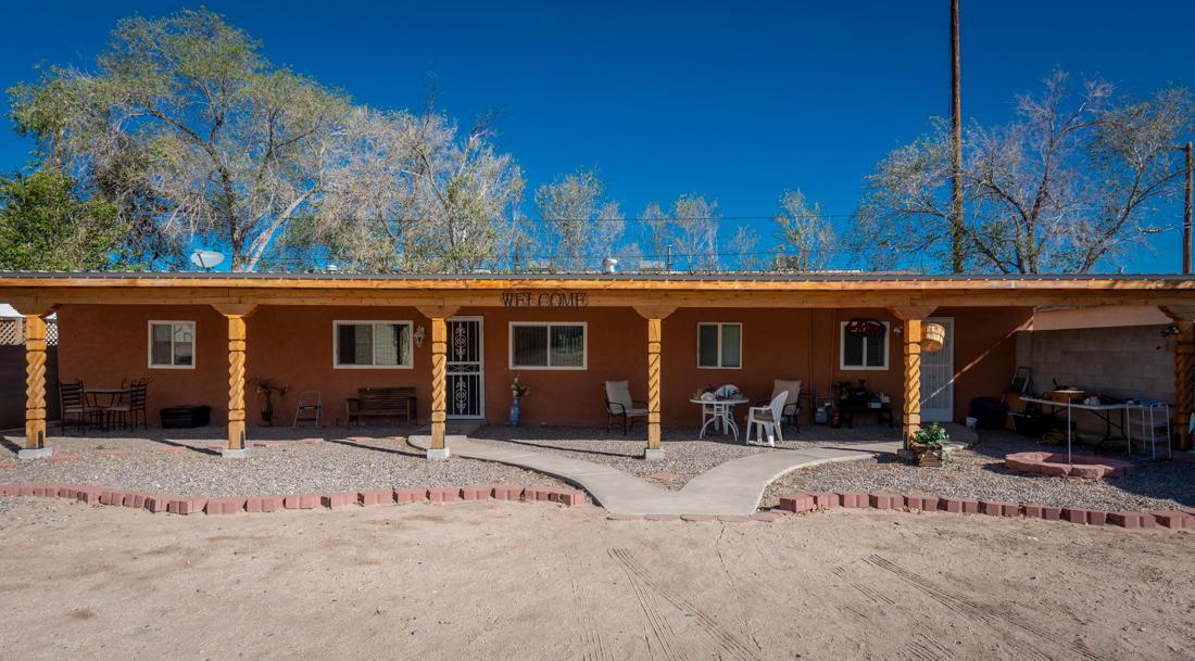 431 ROSEMONT Avenue, Albuquerque NM 87102