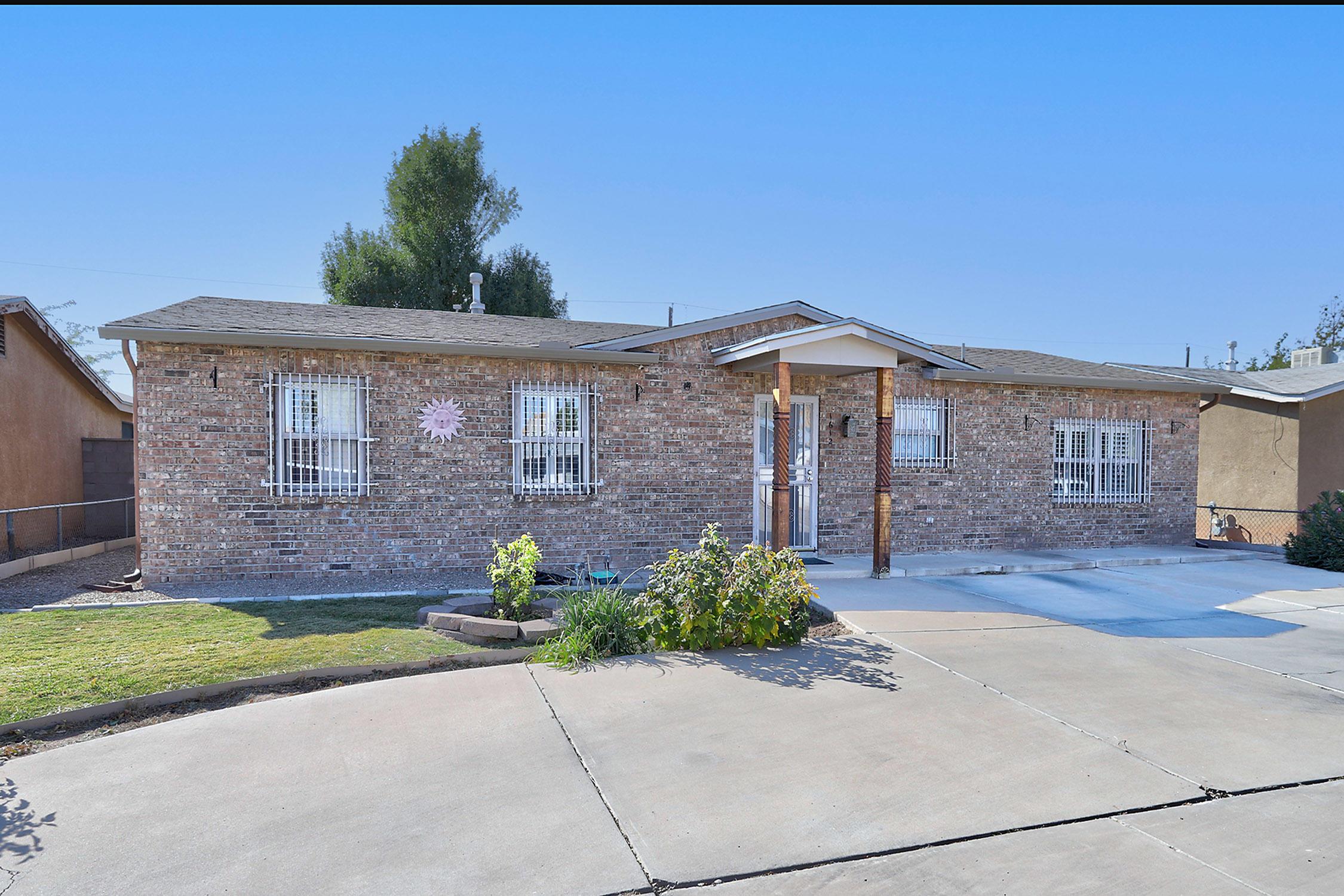 1612 La Poblana Road, Albuquerque NM 87104