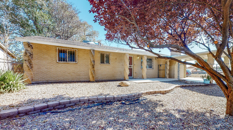 4808 W Glen Drive, Albuquerque NM 87105