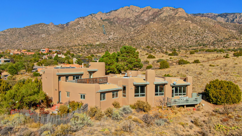 67 PINON HILL Place, Albuquerque NM 87122