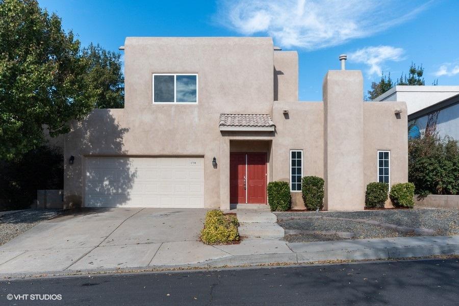 5709 Bartonwood Place, Albuquerque NM 87111