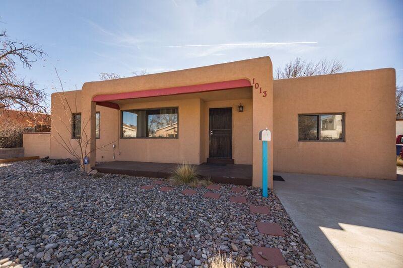 1013 Quincy Street, Albuquerque NM 87108