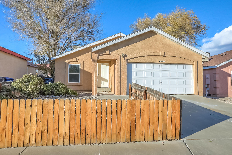 8927 THOR Road, Albuquerque NM 87121