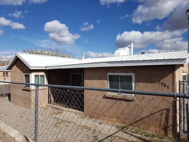 2112 FOOTHILL Road, Albuquerque NM 87105