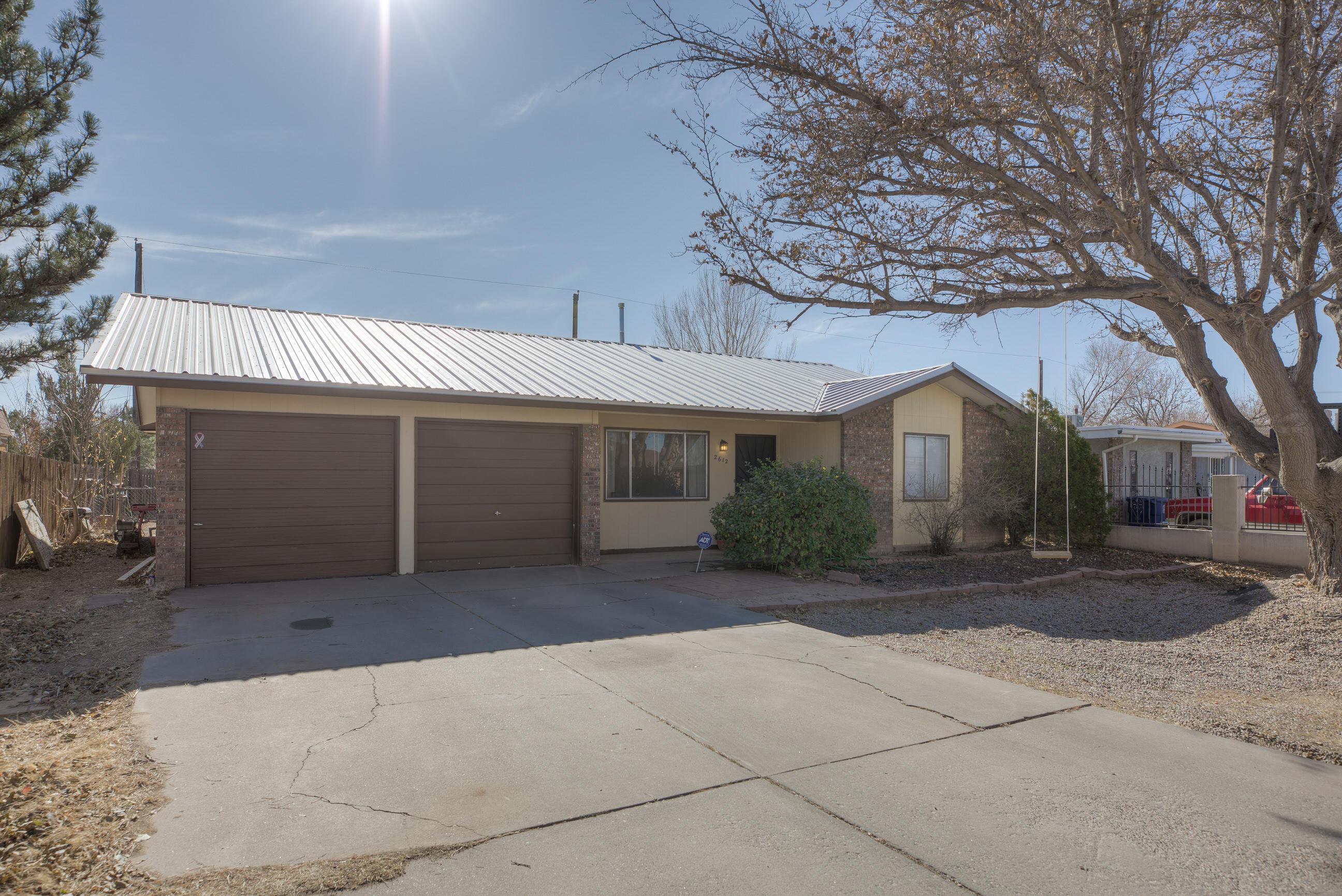 2612 DESERT GARDEN Lane, Albuquerque NM 87105