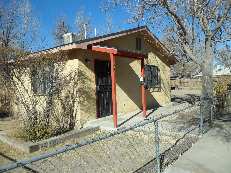 823 5TH Street, Albuquerque NM 87102