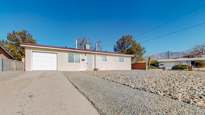 11625 CONSTITUTION Avenue, Albuquerque NM 87112