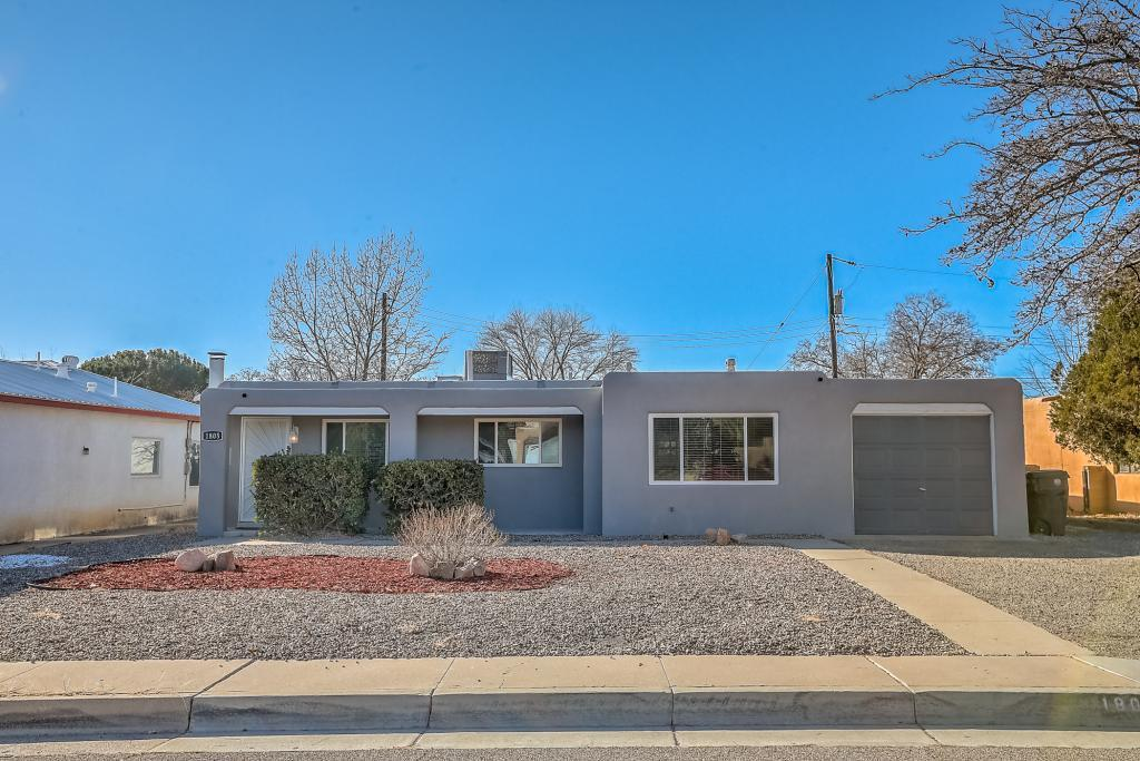 1805 Saint Street, Albuquerque NM 87112
