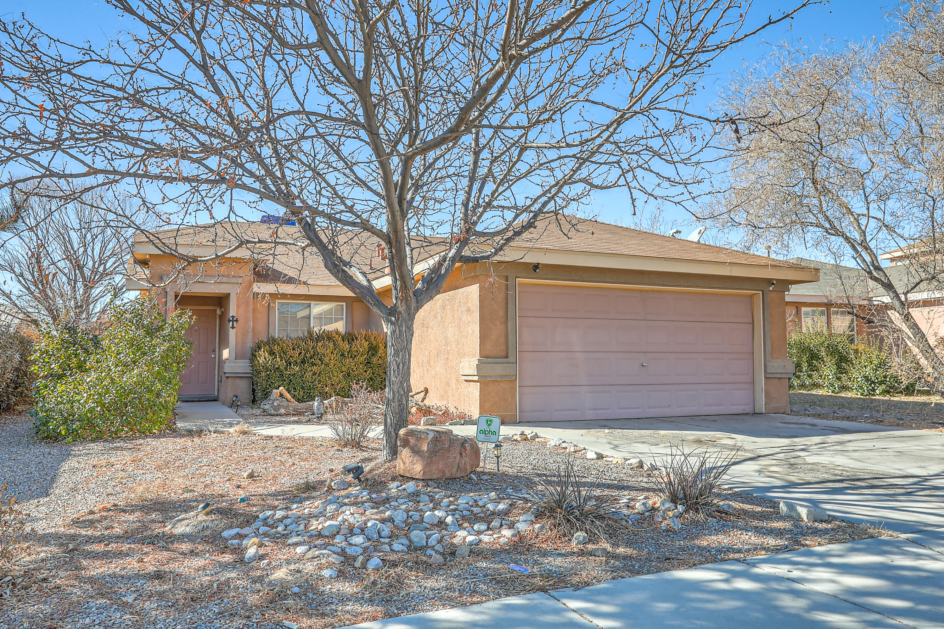 2739 SUNDANCE KID Drive, Albuquerque NM 87121