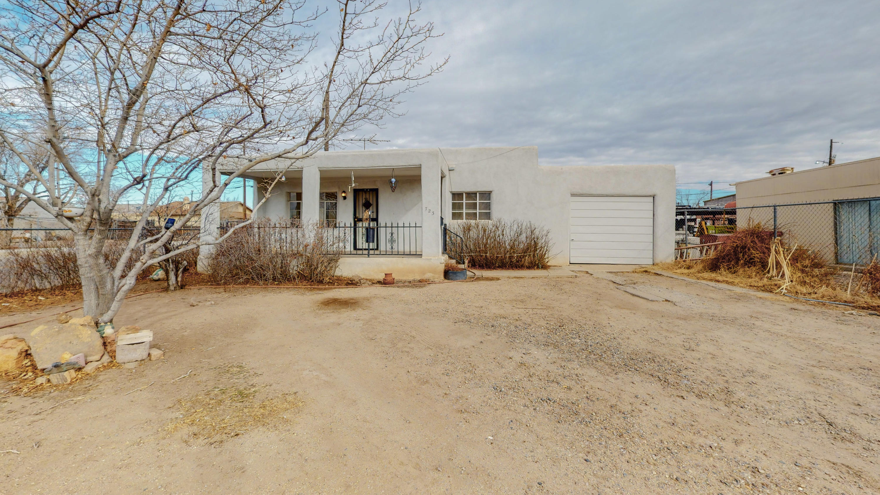 723 ASPEN Avenue, Albuquerque NM 87102
