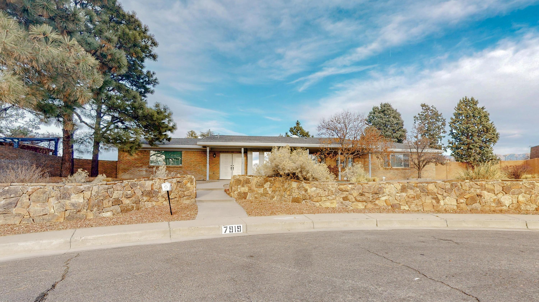 7919 Academy Trail, Albuquerque NM 87109