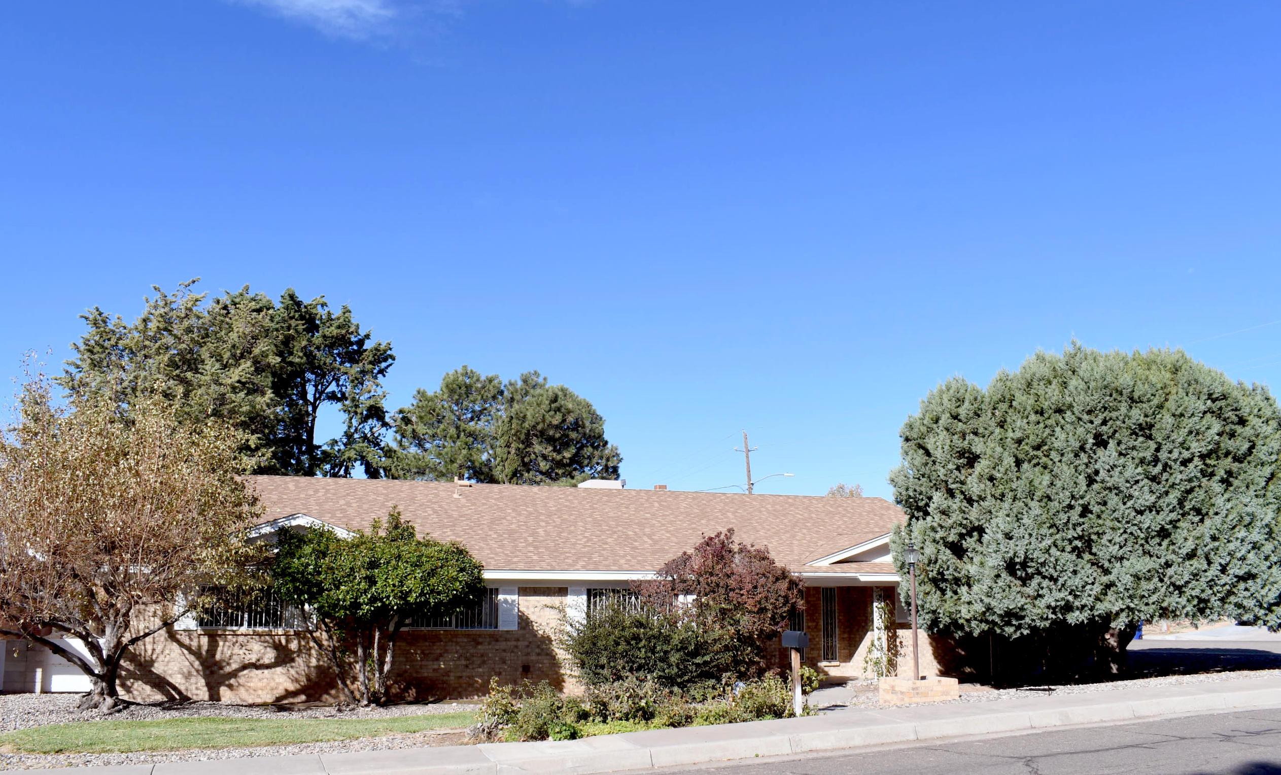 1125 UPLAND Drive, Albuquerque NM 87112