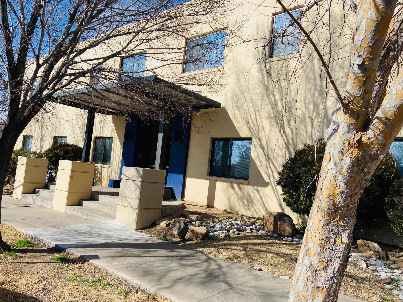 2001 GOLD Avenue Unit B, Albuquerque NM 87106