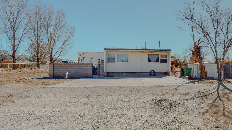 9201 EDITH Boulevard, Albuquerque NM 87113