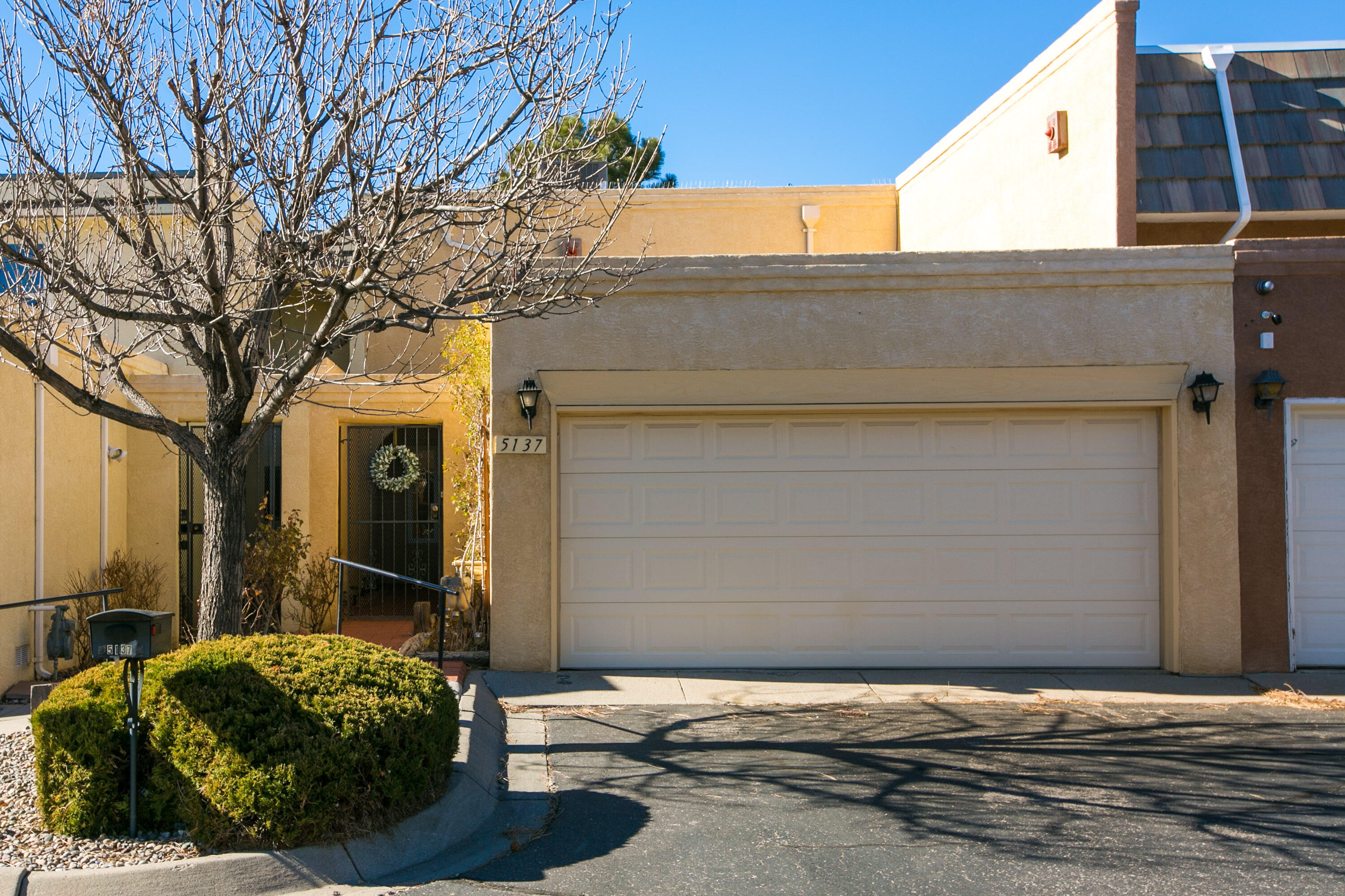5137 Pinata Place, Albuquerque NM 87109
