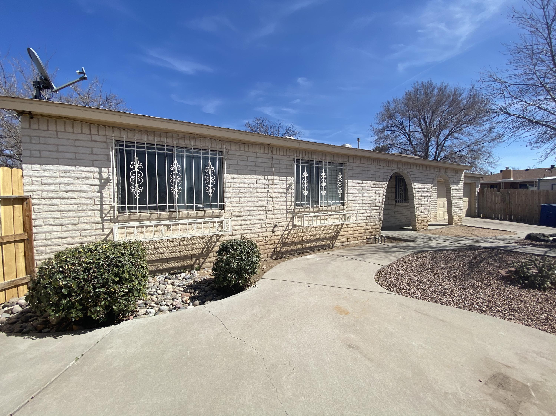 6516 MCKINNEY Drive, Albuquerque NM 87109
